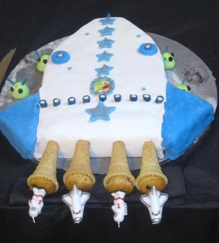 Rocket Cake.jpg