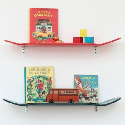 Leçons de Choses skateboard shelf