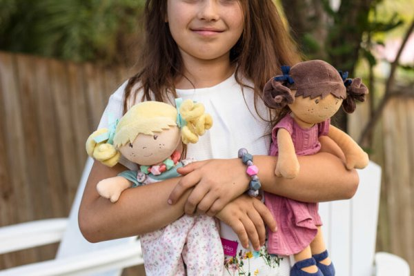 mandy and lucy bonikka dolls with bracelets
