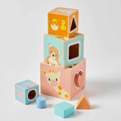 stacking cubes with shapes