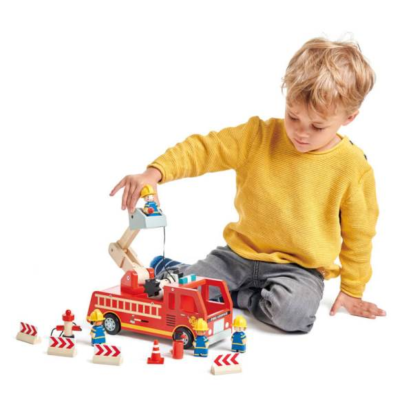 tenderleaf toys fire engine and fire fighters