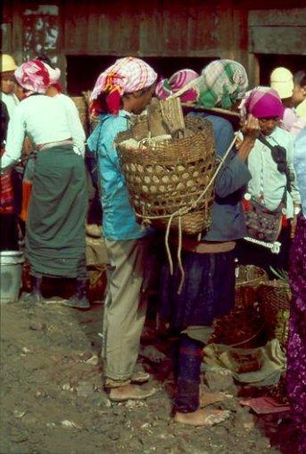 Menghun Markt Frauen Xishuangbanna