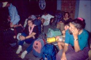 Ich warte auf den Bus nach Krabi 1991