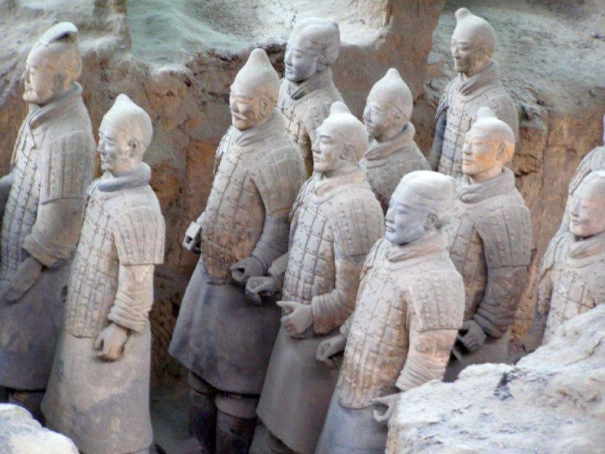 Terrakotta Armee - Krieger in Reih und Glied