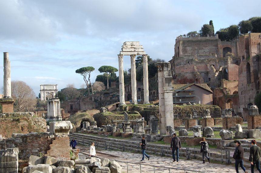 Sehenswürdigkeiten in Rom: Forum Romanum