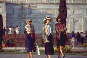 Agra Taj Ladies