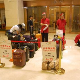 Die Koffer werden sortiert