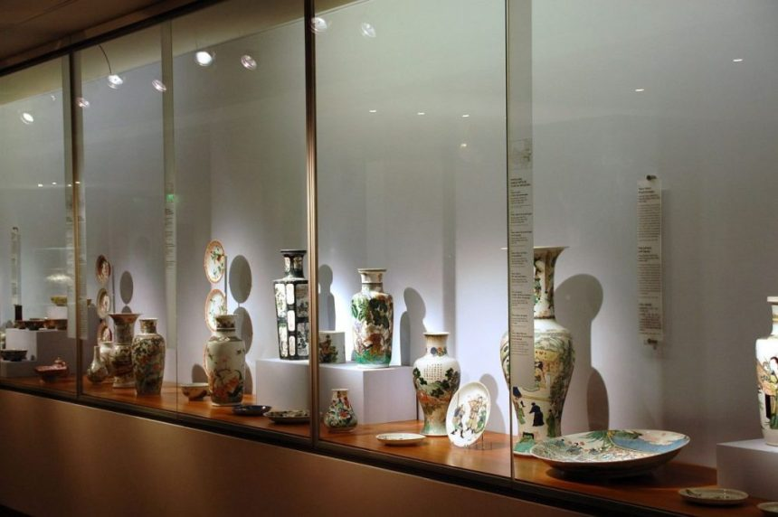 Paris Musee Guimet Porzellan