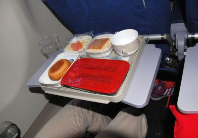 Dinner in der Air China Premium Economy