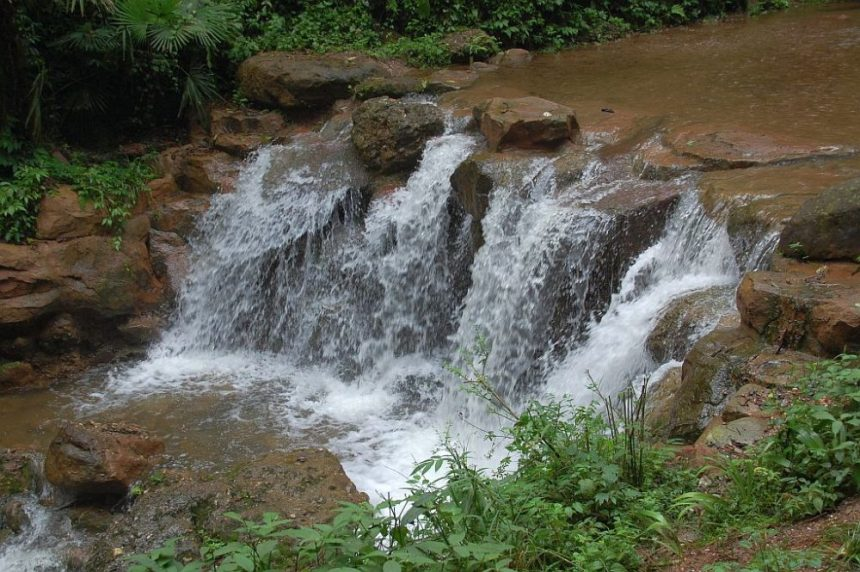 Wasserfall am Qingcheng Shan