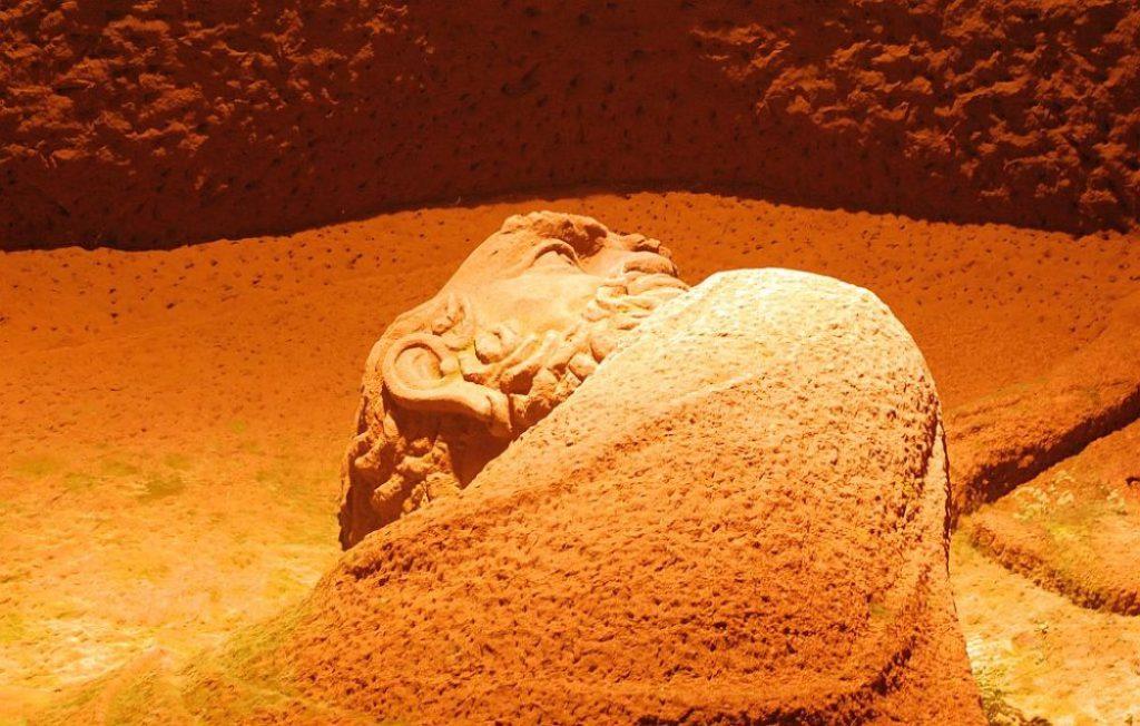 Relief von Bodhidharma Leshan
