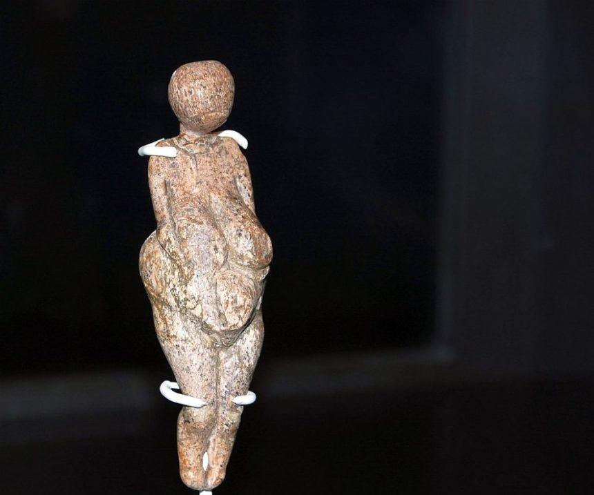 EisZeiten Frauenfigur
