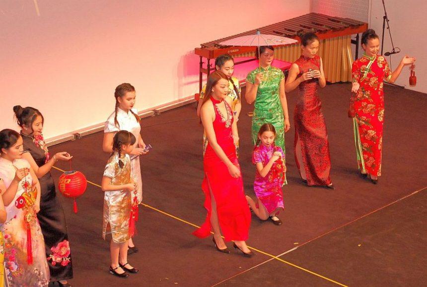 Qipao chinesisch neujahr