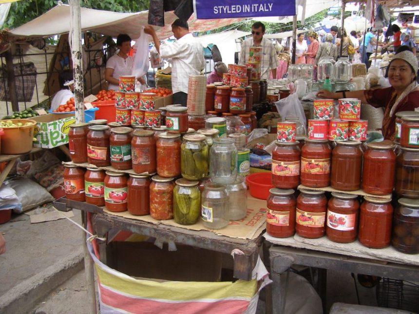 Auf dem Bazar von Osh Kirgistan