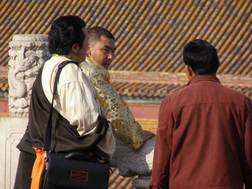 Tibeter beim Besuch im Kaiserpalst
