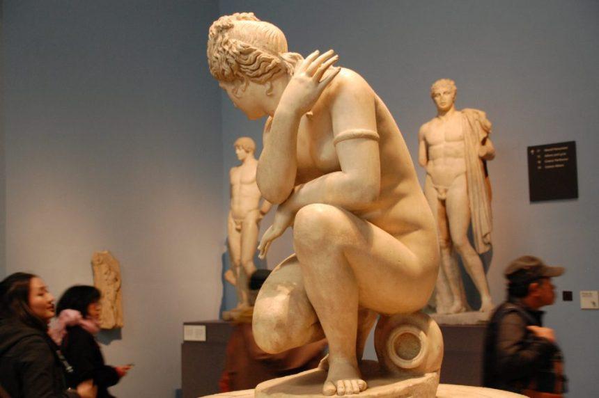 Hellenitische Statue der Kauernden Aphrodite