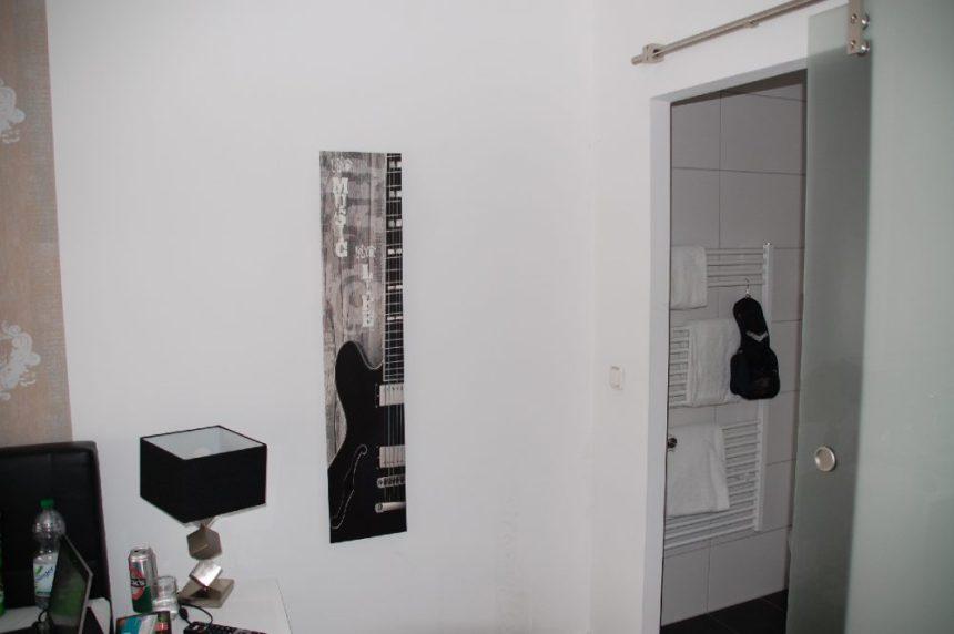 Hotel Stay in Essen - Blick ins Badezimmer