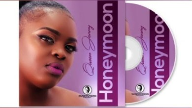 Queen Jenny – Holokile
