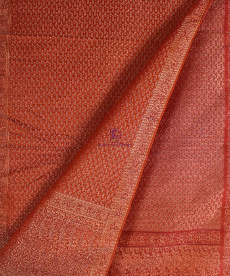 Handwoven Tanchoi Banarasi  Silk Stole in Crimson 2