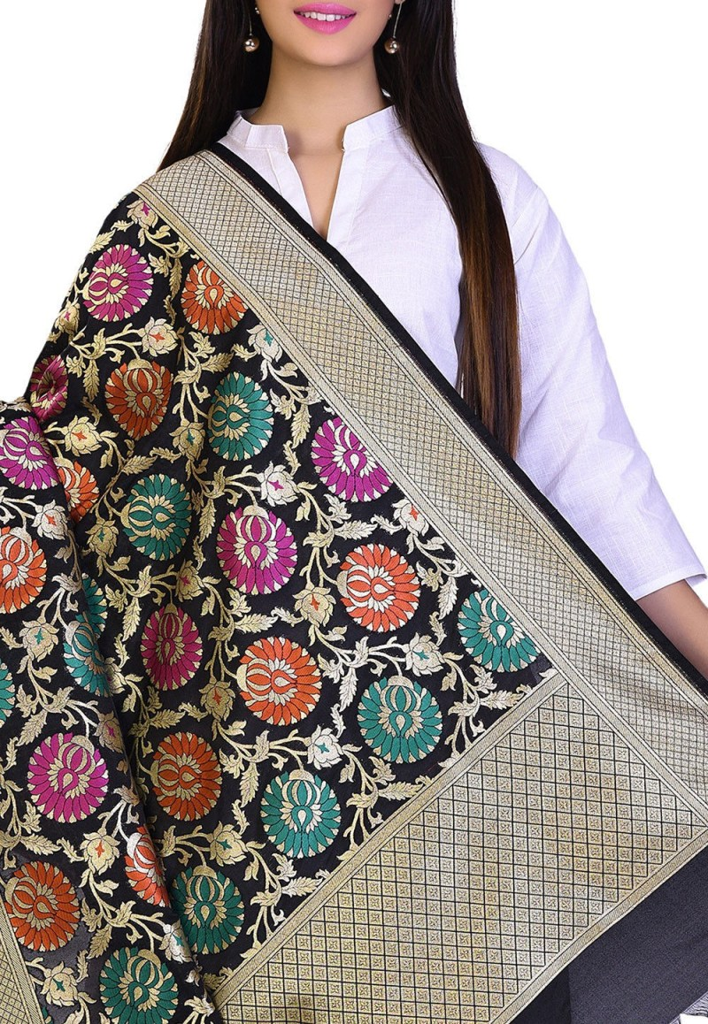 Woven Banarasi Art Silk Kimkhab Dupatta in Black 2