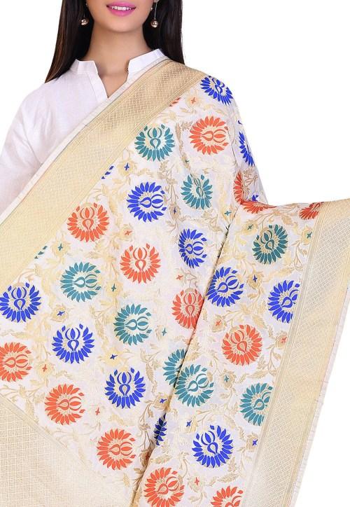 Woven Banarasi Art Silk Kimkhab Dupatta in Cream 4