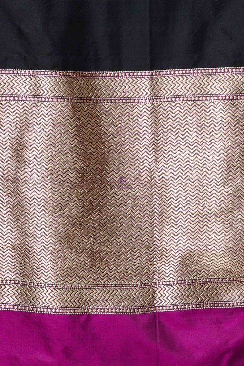 Handloom Banarasi Pure Katan Silk Dupatta in Black and Purple 4