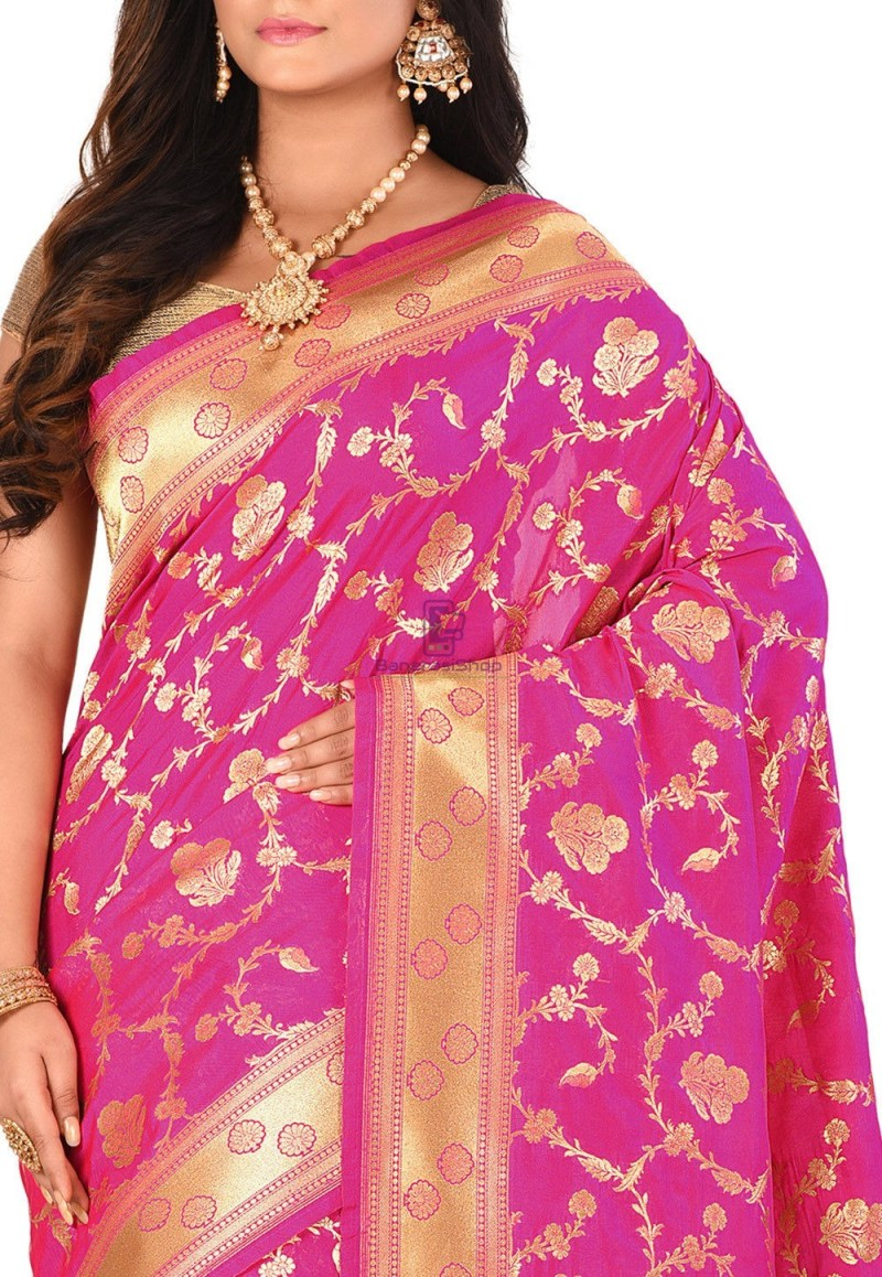 Banarasi Saree in Fuchsia 2