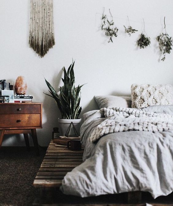Minimalist Boho Bedrooms That Are Beyond Cute on Boho Bedroom  id=66773