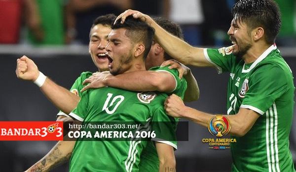 Gol Meksiko ke gawang Venezuela
