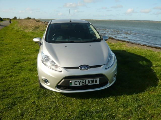 FORD FIESTA ZETEC 5 DOOR AUTO
