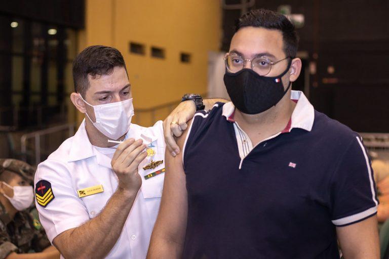 Manaus tem 39 pontos de vacinação disponíveis para a população