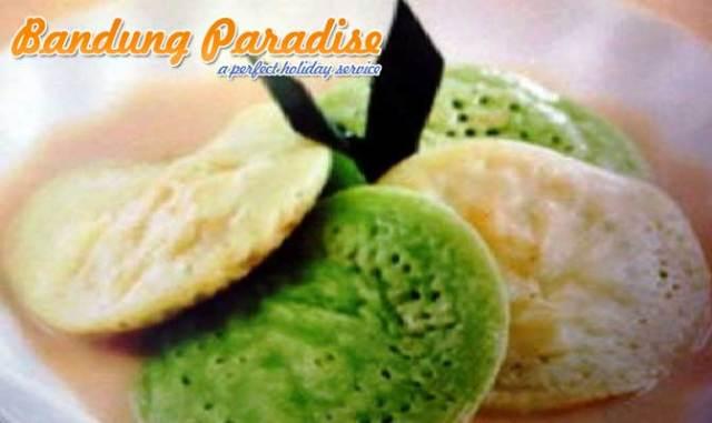 Makanan Khas Bandung Surabi
