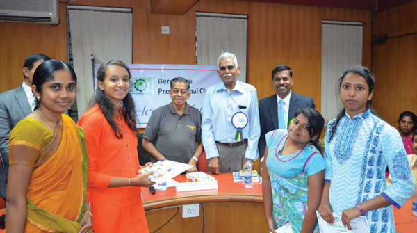 First prize winners Anjana Achar, Ashwini M, Divya KP and Sunaina Rashmi from BMS