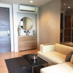 Rhythm Sathorn 21 | Bangkok condo for rent | 5-7 mins walk to Surasak-Saphan Taksin BTS | steps to eateries & shops