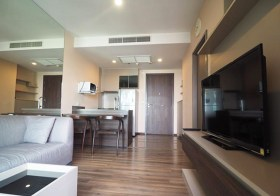Teal Sathorn-Taksin – Bangkok condo for rent | 200 m. to Wongwian Yai BTS | nice open view, 10 mins to Sathorn-Silom