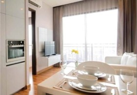 Ivy Ampio – condo for rent near Thailand Cultural Centre-Rama 9 MRT | fitted kitchen, bathtub, 100 m. to China Embassy