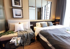 Park 24 – condo for rent in Sukhumvit | shuttle service to Phrom Phong BTS | nice garden view, fully furnished with washing machine