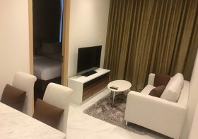 Hyde Sukhumvit 11 condo | shuttle service to Nana BTS | east facing, fitted kitchen, washer | gym, pool, Jacuzzi, garden