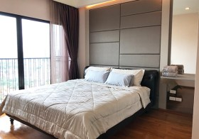 Noble Reveal – Sukhumvit condo for rent | 5 mins walk to Ekkamai BTS | east facing + unobstructed view | bathtub + washer