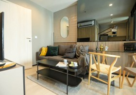 Life One Wireless condo | shuttle service Phloen Chit BTS | breathtaking view, fully furnished | 50 m. BDMS Wellness Clinic