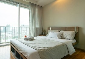 Abstracts Phahonyothin Park condo | 400 m. to Ha Yaek Lat Phrao BTS | north facing + open view | fitted kitchen + washing machine