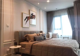 Life One Wireless condo | 8 mins walk Phloen Chit BTS | east facing + open view, fully furnished | 100 m. to Witthayu pier