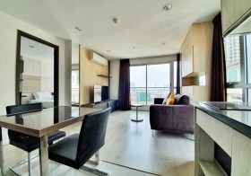 Rhythm Sathorn Narathiwas condo | 400-700 m. to Sathorn BRT/Chong Nonsi BTS | corner unit | 5 mins walk to Empire Tower