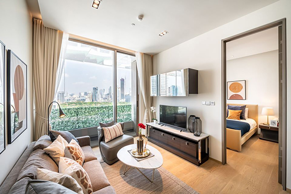 Saladaeng One (ศาลาแดง วัน) คอนโดให้เช่า Bangkok condo for rent | shuttle service to Sala Daeng BTS (ศาลาแดง)/Silom MRT (สีลม) | north facing + panoramic view | high end luxury furnishing