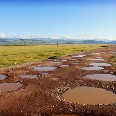 """""""L'autoroute"""" reliant le Kazakhstan au Kirghizstan"""