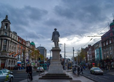 O'Connell Monument, Christmas in Dublin City Centre Ireland