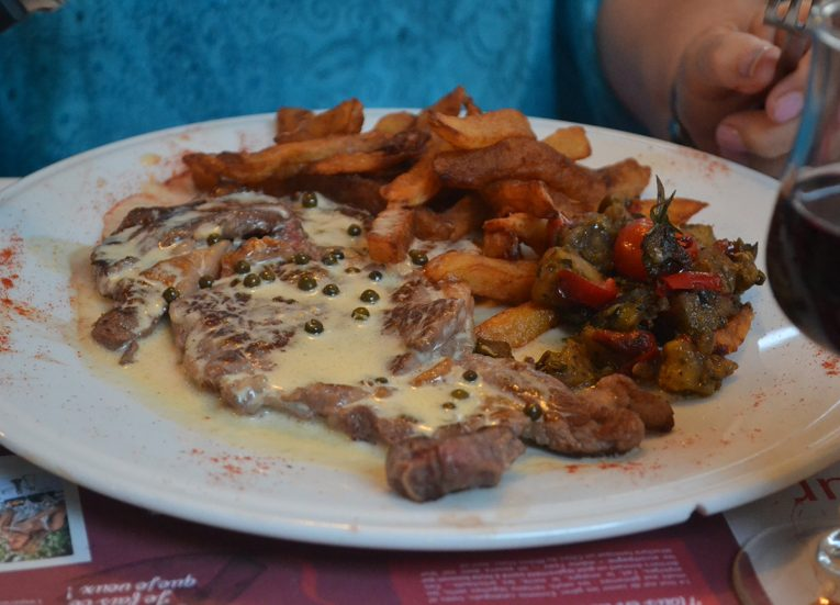 Steak and Chips (Frite) in Francais List of Traditional Foods in Europe