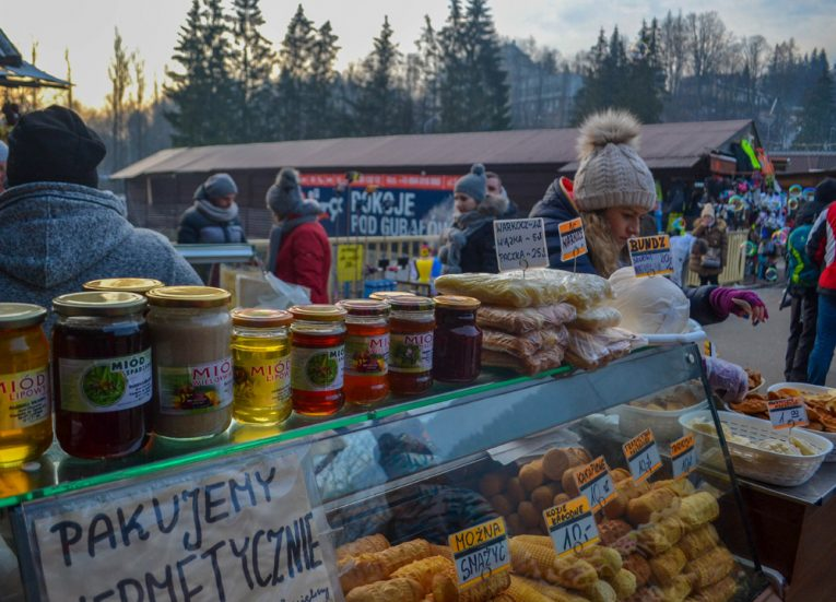 Christmas Market Zakopane-Poland-Winter-Road-Trip-in-East-Central-Europe