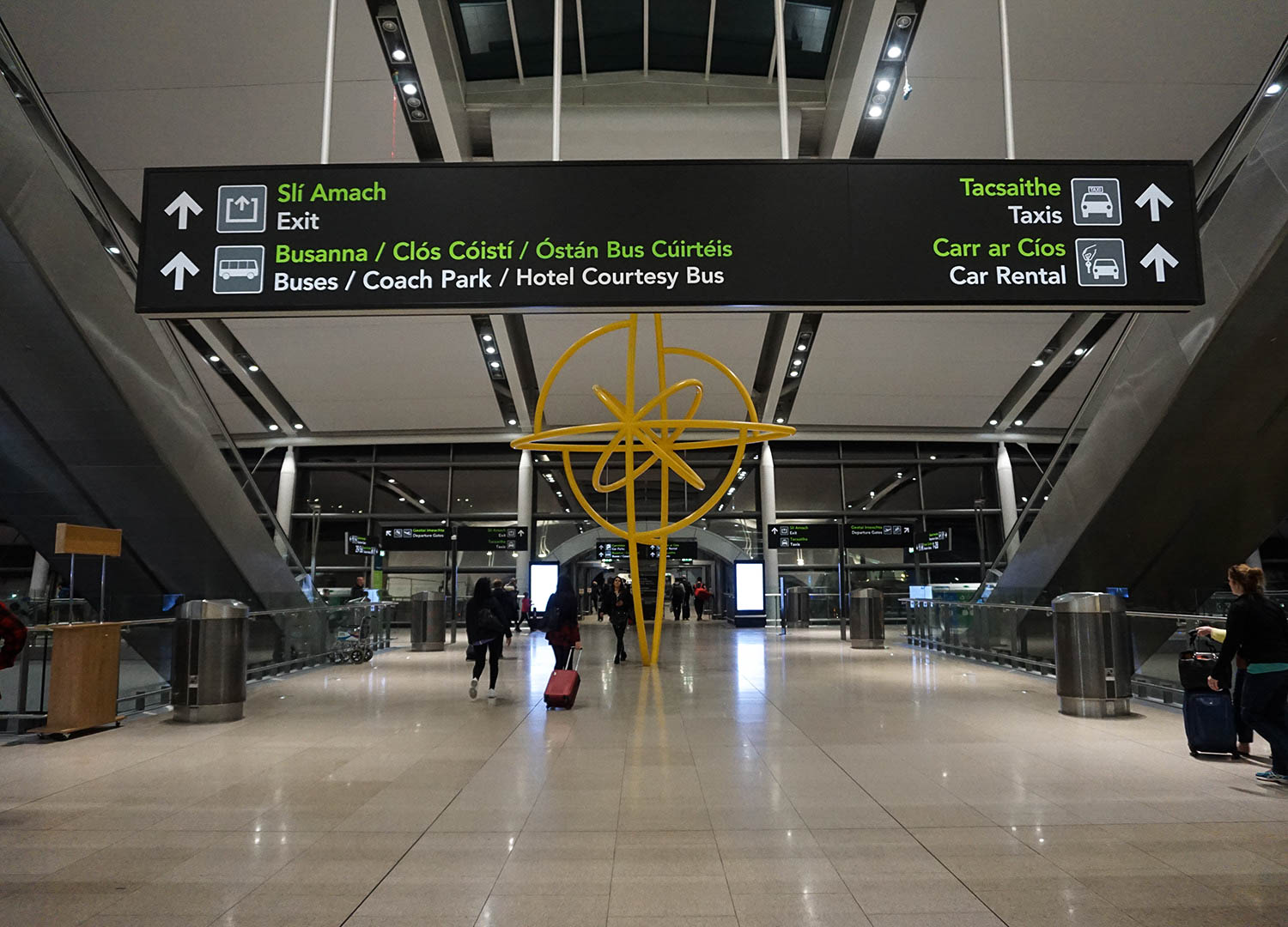 Directions to Bus Terminals at Dublin Airport for Travel to and from Dublin Airport in Ireland/Northern Ireland