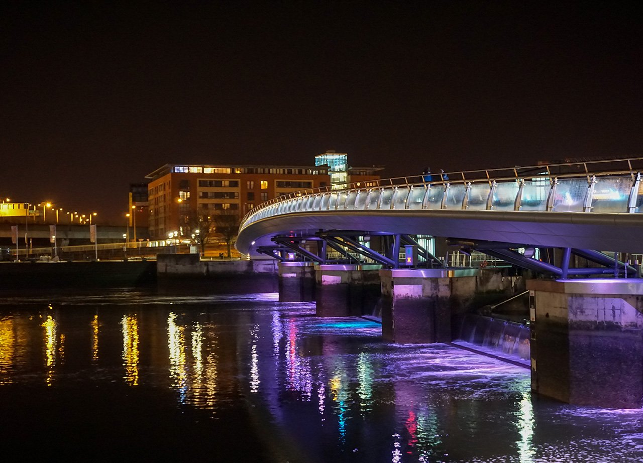 Lagan Weir Pedestrian Bridge to Odyssey Arena and Titanic Quarter
